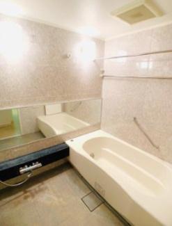 【浴室】アパートメンツ東山