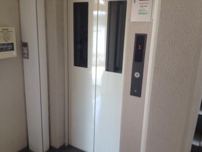 エレベーター付いてます