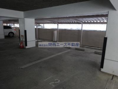 【駐車場】ラキアメゾン中小阪