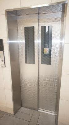 共有のエレベーター