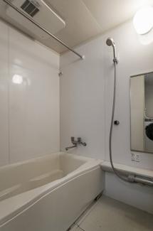 2021年7月26日撮影 浴室乾燥機付きで雨の日のお洗濯もラクラクです♪