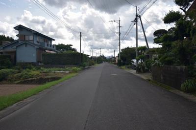 【前面道路含む現地写真】東郷町斧渕土地