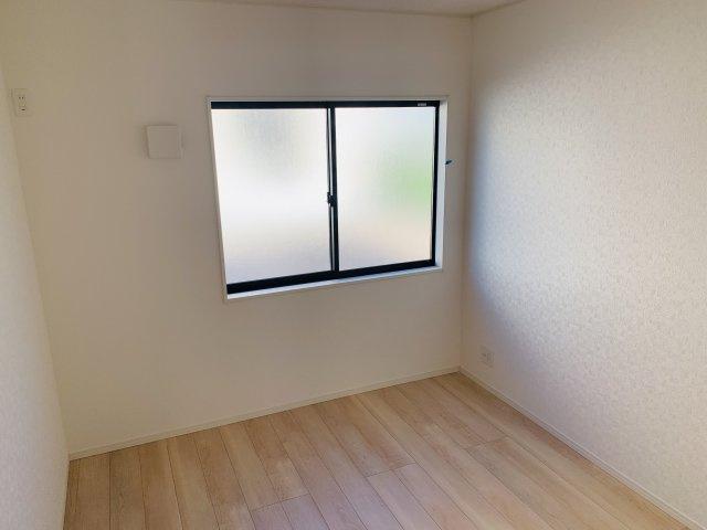 【同仕様施工例】シンプルなお部屋です。どんな家具でも映えます。