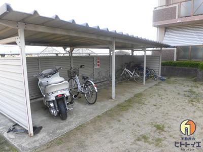 駐輪場・バイク置き場です