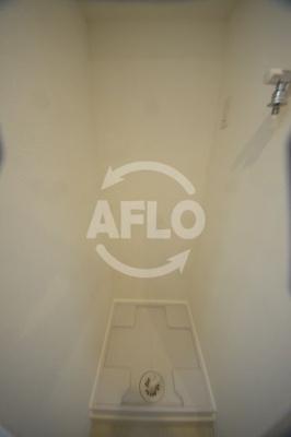 LIVIAZ NAMBA RENOM 室内洗濯機置場