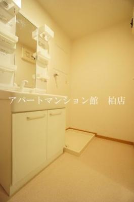 【洗面所】リバー フィールズ