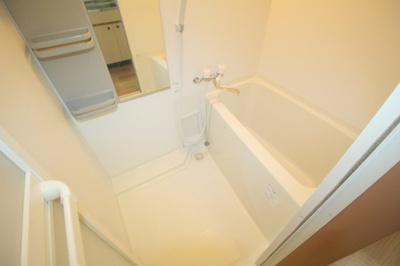 【浴室】蛍池南町2丁目テラスハウス