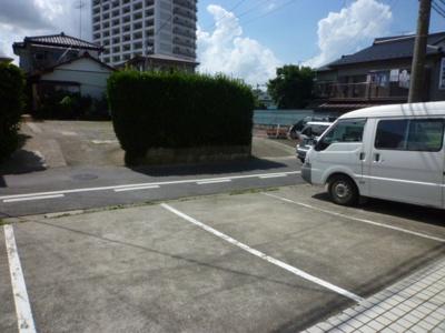 【駐車場】MEシャトー