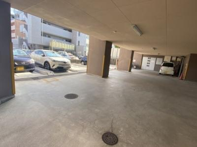 【駐車場】ファミーユ南茨木