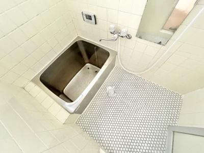【浴室】本郷4丁目貸家