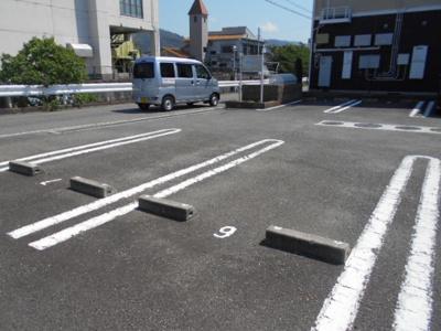 【駐車場】プリムローズ梶取