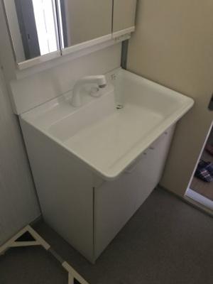 【独立洗面台】外人ハウス