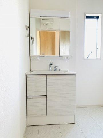 【同仕様施工例】TV付きの浴槽でお風呂時間をもっと楽しく!
