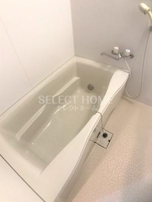 【浴室】フルール・ド・スリジェ