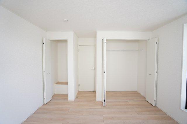 【同仕様施工例】2階 収納はいくつもあっても嬉しいものですね。