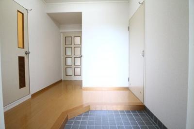 【玄関】サングリーン今井
