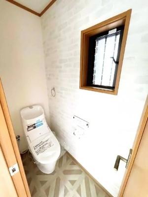 トイレは1階と2階にあり便利です(^◇^)忙しい朝の支度でトイレの順番待ちは緩和されます。