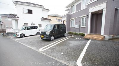 【駐車場】オルフェム