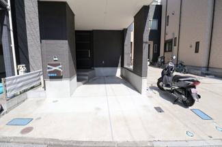 現地(2021年7月)撮影 駐車場スペースです