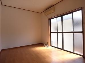 明るい居室です。