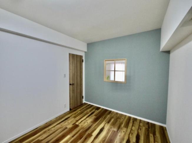 個人の部屋や寝室として使える洋室です アクセントクロスが引き立ちます