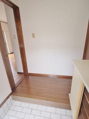【玄関】三宅第六アパート