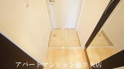 【玄関】アロース