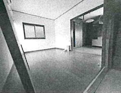 2階のキッチンに隣接する洋室