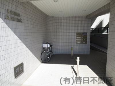 1F共用廊下です