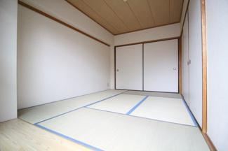 【寝室】フェリックス徳井