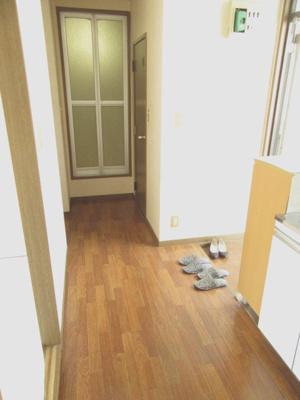 【玄関】ベルゾーネ 192