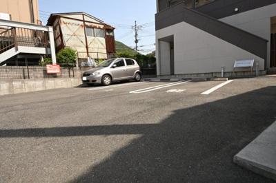 【駐車場】ホームメイト八雲