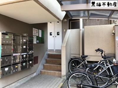 【エントランス】ジュネス滝子