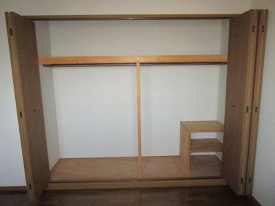 洋室4.5帖収納スペースです