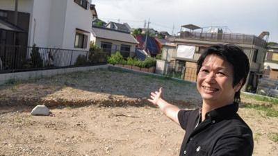 7/21撮影 代表の村田です。 緑区の不動産の事はマックスバリュで住まい相談エムワイホームにお任せください。