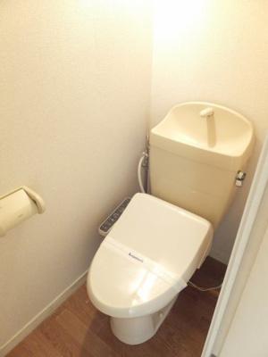 バストイレ別のお部屋です