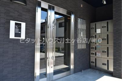 【エントランス】Quartier shirakazuma(カルチェ白和馬)