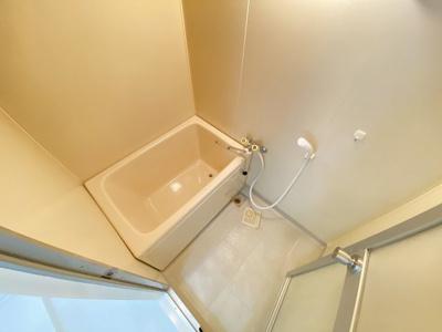 【浴室】デルニエアン