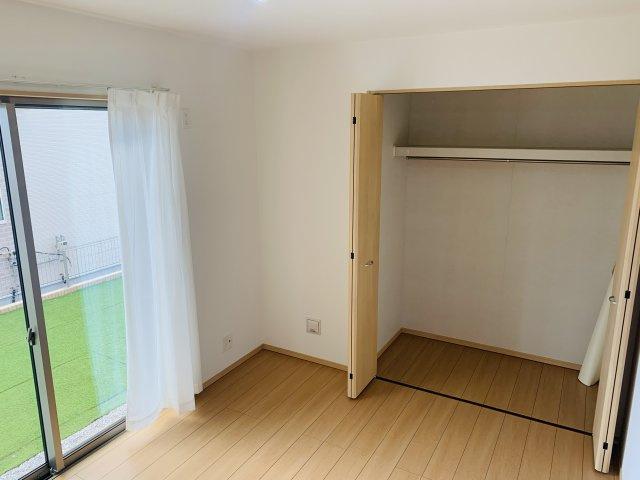 【同仕様施工例】1階6帖 リビング隣の洋室なので広々過ごせます。