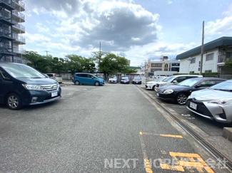 駐車場です♪平面駐車場です!