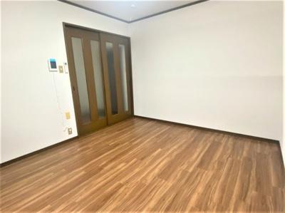 【居間・リビング】緑橋フミヤマンション