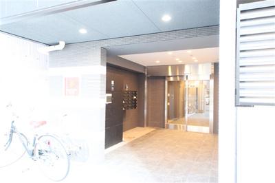 【エントランス】グランパシフィック桜川WEST