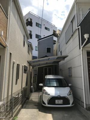 <東淀川区菅原4丁目 築浅物件> ●オール電化物件です♪ 〇お車も駐車2台可能です♪ ●ご家族が多くても安心な4LDKですよ♪ 〇キッチンはIHクッキングヒーターです♪ ●トイレも2か所ございます♪