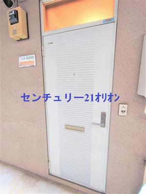 【エントランス】フラット練馬