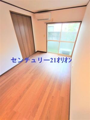 【居間・リビング】フラット練馬