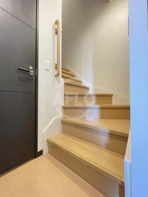 エルザグレース堀江タワー 階段