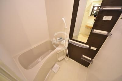 APRILE南森町(旧名:アスール南森町) 浴室