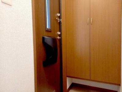 【玄関】ウィルコート水道橋 B