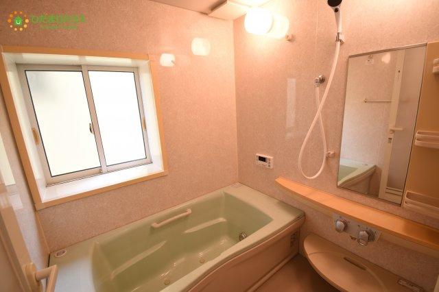 【浴室】上尾市戸崎 中古一戸建て