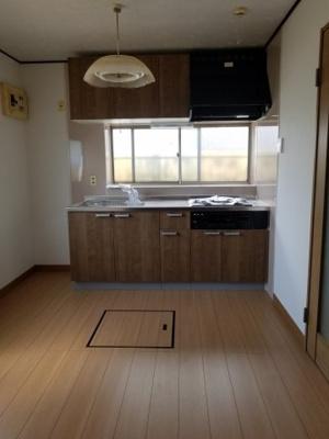 【キッチン】長作町土井貸家2号